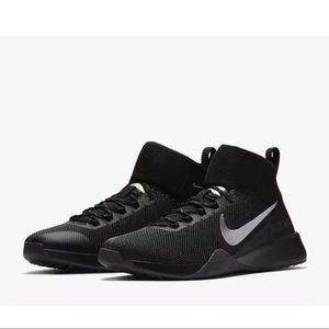 Nike Air Zoom Strong 2 Selfie Trainer Shoes Sz 9.5
